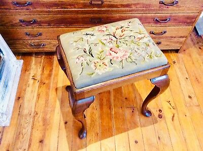 Antique Queen Anne Tapestry Cushioned Stool/Piano Stool