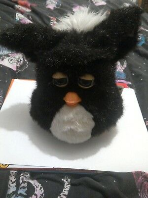 Hasbro 2005 Furby black & white Your emoto-tronic friend + instructions