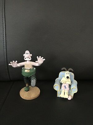 Rare Wallace & Gromit 1989 Wrong Trousers Set of 2 Resin Figure Figurines!!!