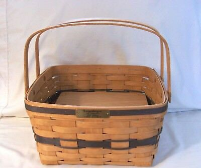 Longaberger 1992 J. W. Collection Cake Basket With Riser