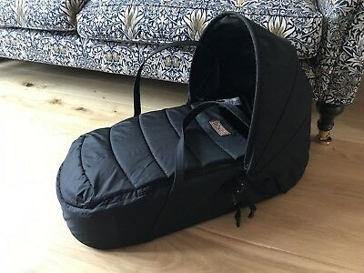 Mountain Buggy Baby Cocoon - Black