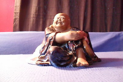 Smiling Buddha Statue With Money Pouch