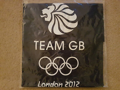 Mens Adidas London Olympics 2012 Official Team GB Memorabilia T Shirt. Size Med