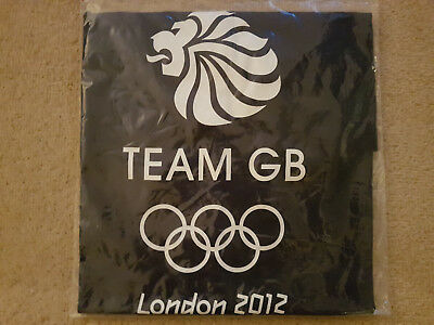 Mens Adidas London Olympics 2012 Official Team GB Memorabilia T Shirt. Size L