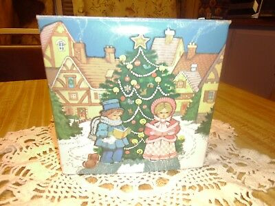Avon Christmas Carolers Soap Collectible in Box *Wow Look*