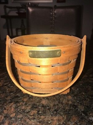 "1992 Longaberger Hartland Collection 5"" Measuring Basket- Swinging Handle"