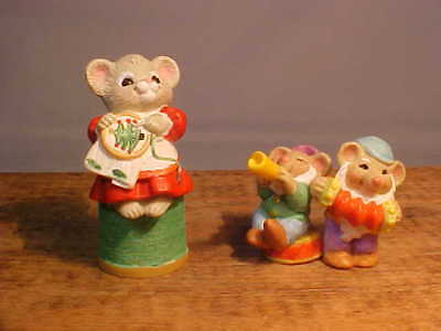 2 Christmas Merry Miniatures 1995 Sewing Club Mouse & 1996 SnowWhite Elves