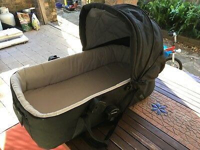 Mountain Buggy Bassinet