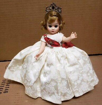 "Madame Alexander Porcelain Doll ""queen"" Orginal Box Great Condition As Pictured"