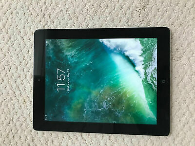 "Apple iPad 4 (4th Generation) 9.7"" Retina Display Black/White"