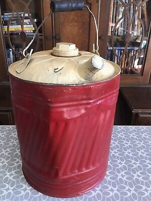 GAS CAN OLD VINTAGE DELUXE CHARMING!   FREE NEXT DAY SHIPPING In US