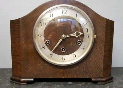 Vintage 8 Day Westminster Chiming Mantle Clock