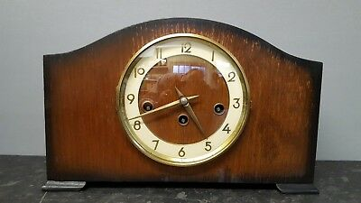 Vintage 8 Day Westminster Chiming Mantle Clock with Floating Balance