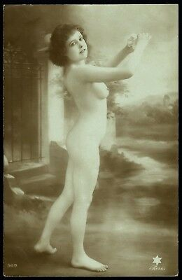 1910 Original French Real Photo PC Nude Voluptuous Delicate Girl Beauty