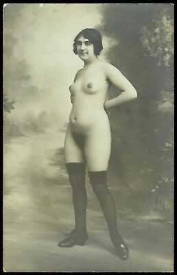1910 Original French RPPC Full Nude Voluptous Natural Girl Posing Silk Stockings