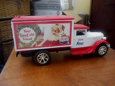 Jos. ERTL Pepsi Cola 'Seasons Greetings' BNIB Delivery Truck BANK GC 5052 #4!