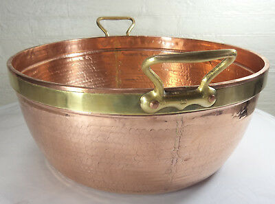 Vintage massive French hammered copper jam pan – Very rare - Welds in the former