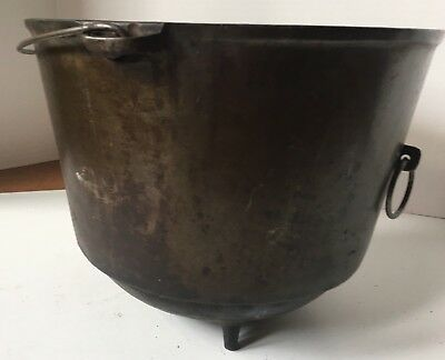 Antique Cast Iron Wapak Bean Pot Kettle Campfire Vintage Cook Kitchen Fireplace