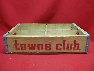 Vintage Towne Club Beverages Wooen Crate