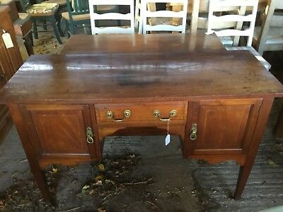 Georgian Mahogany Sideboard / Kneehole Desk