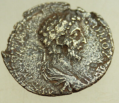 Commodus. AD 177-192. AE30mm  Hercules