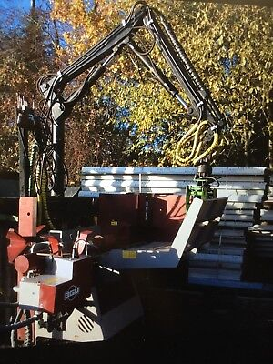 Hiab Forestry Timber Crane, County