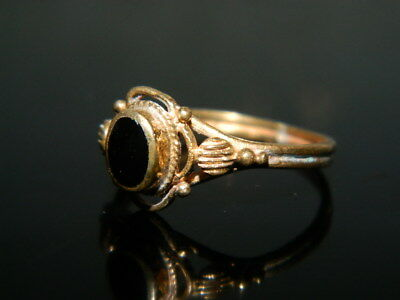 @@@Antiker alter Ring 18 Jh. Goldfarben Messing mit Onyx ? Stein Gr.55 gross @@@