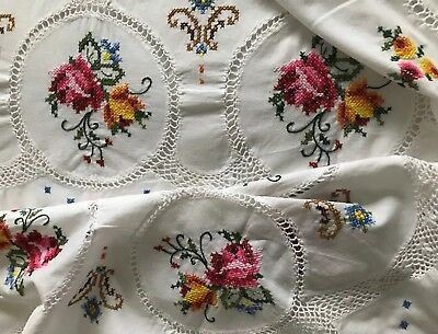 Vintage Hand Crochet Embroidered Cross Stitch Floral White Cotton Tablecloth
