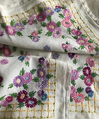 """Antique White Linen Tablecloth With Hand Embroidered Colourful Daisies 40"""""""