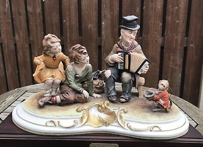 """Capodimonte Figure Group """"the Dancing Monkey"""" By Bruno Merli - Perfect"""