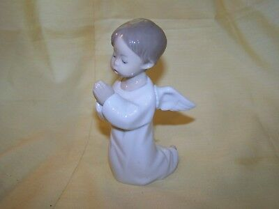 Vintage Lladro Kneeling Praying Angel Figurine, #4538