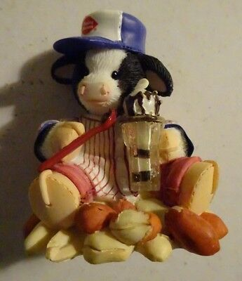 "Enesco Mary's Moo Moos Dairy Queen ""I'm Nuts About You"" Figure"