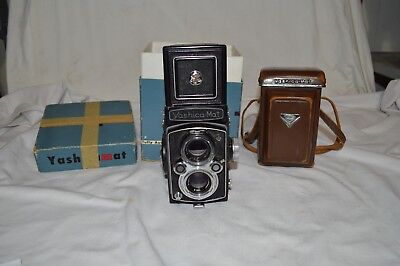 Yashica-Mat M With Leather Case And Box
