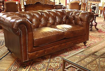 "Canapé ""Chesterfield"" 2 places en Cuir"