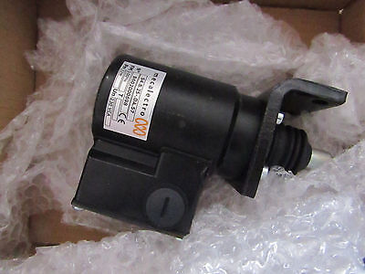 Mecalectro 8.25 Solenoid Interlock Switch Power to Unlock - Guard O2 3785417