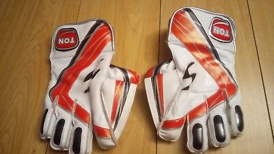 Used Ton boys wicket keeping gloves and inner gloves