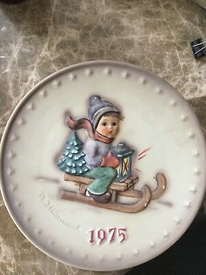 M.J. HUMMEL 1975 Anniversary Plate STORMY WEATHER...OB... ANTIQUE COLLECTIBLE