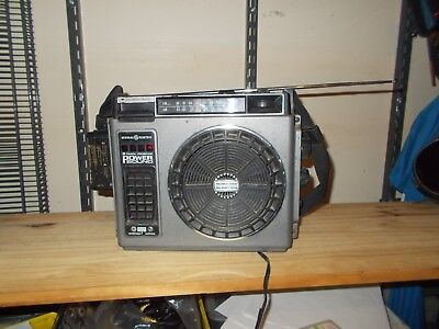 Vintage General Electric 8 Track FM/AM with 25 tapes Nice collection!!!!!