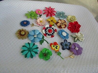 Vintage Lot of 20 Assorted Metal Enameled Flower Floral 1960-70's Brooches  VGC