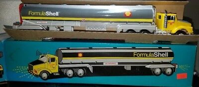 Shell 1993 Silverado Toy Tanker Truck First in a Series Limited Edition **NEW**
