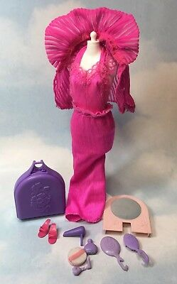 1979 BEAUTY SECRETS Barbie Doll replacement fashion & accessories