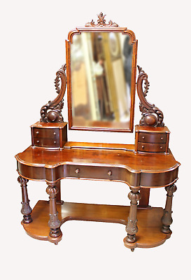 A Beautiful Mahogany Ladies Vanity Duchess Dressing Table