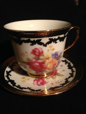 Tea Cup And Saucer Vintage-Style 'gold' Decorated