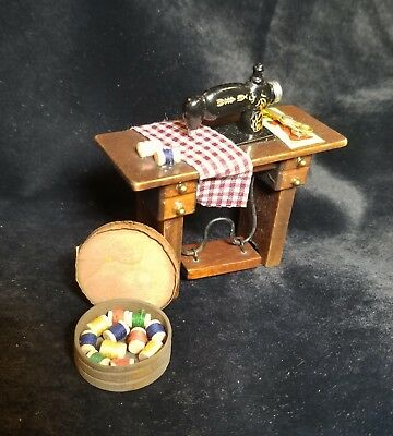 "MUSEUM QUALITY DOLLHOUSE FURNITURE 1:12 or 1"" Scale Sewing Machine hand painted"