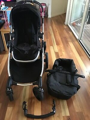 City Select Baby Jogger Complete with bassinet