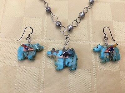 Southwestern Carved Turquoise Fetish Bear Necklace & Earrings.