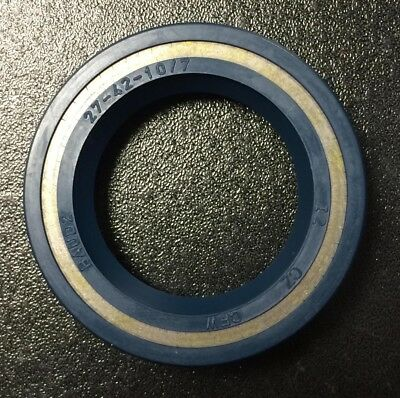 Rear wheel hub seal for Vespa T5