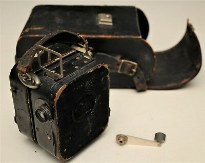 Pathe Baby 9.5mm Movie Camera w/Spring Driven Motor,Krauss TRIANAR f/3.5 2cm len