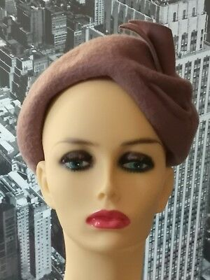 Vintage hat. 1940s/40s/50s/1950s. Felt Hat with details. Pin up/Glamour