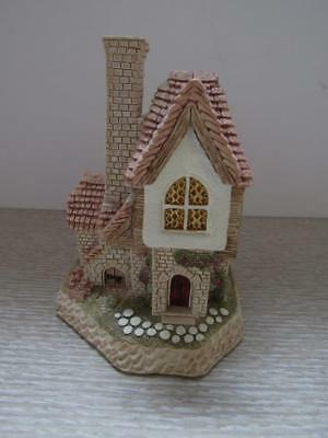 David Winter Cottages...the Tile Makers Cottage..1988..box